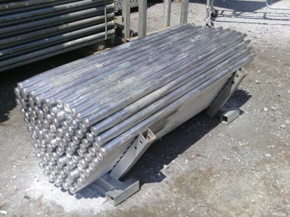 鋼製杭商品スライド画像1枚目