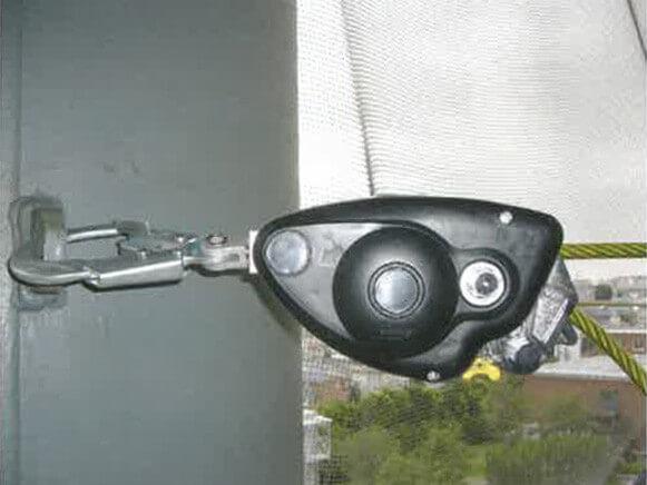 ワイヤーロープ緊張器商品スライド画像1枚目