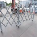 スチールキャスターゲートH1.4m×W2.7m  (4)